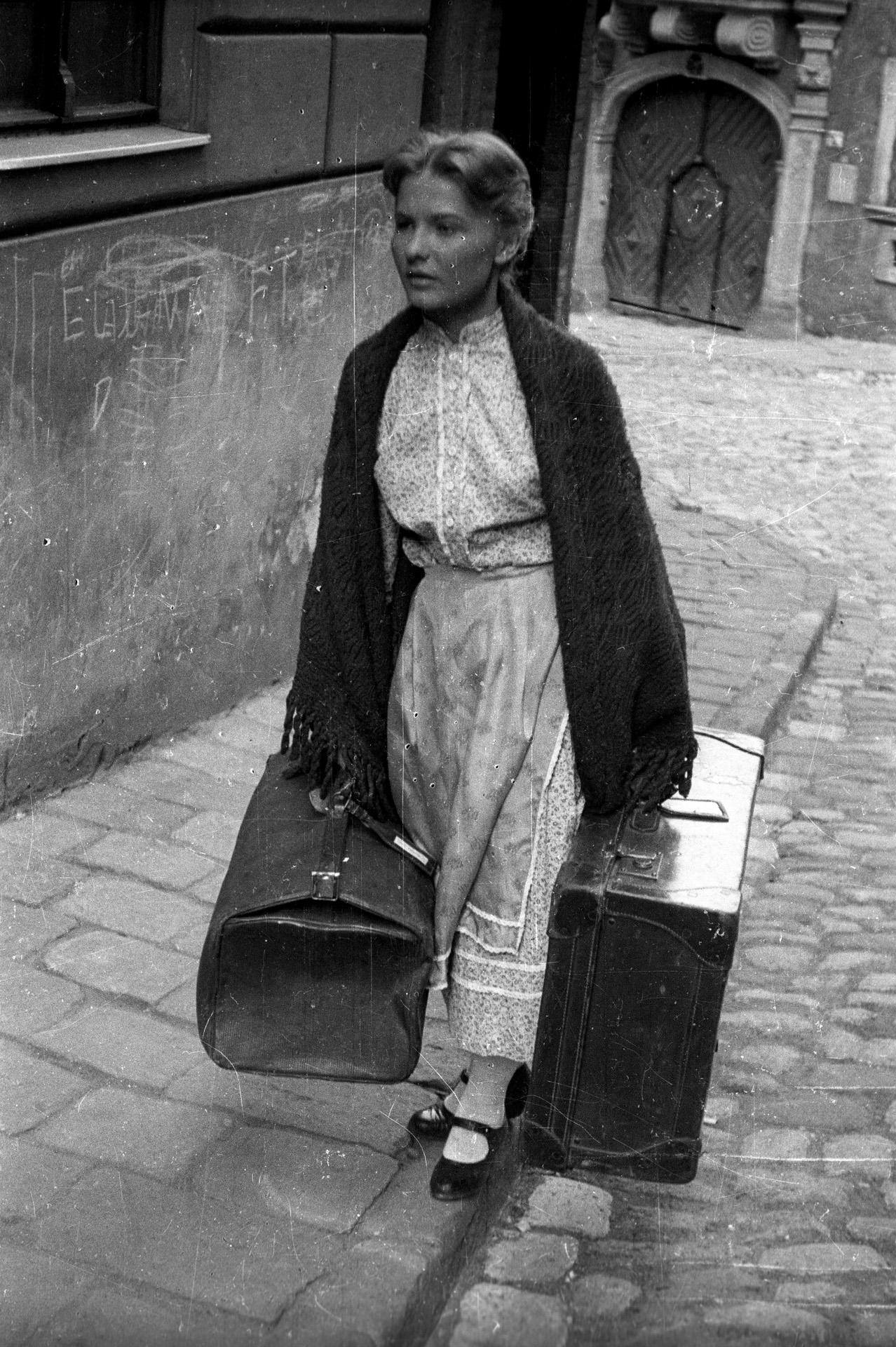 Az Édes Anna c. filmben, 1958. (Fotó: Fortepan/FSZEK Budapest Gyűjtemény/ Sándor György)