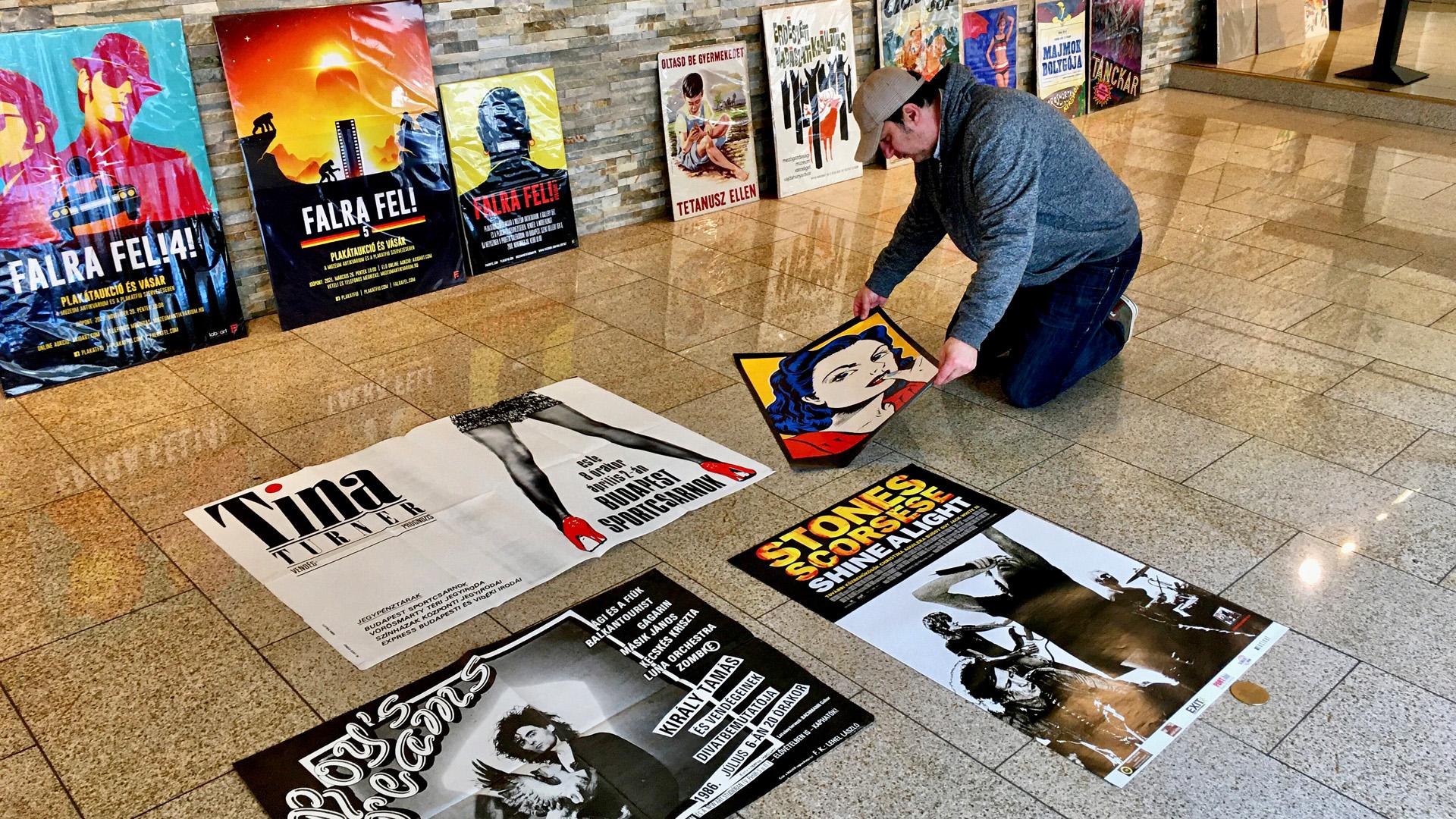 Ötödször kerül sor a Falra fel! plakátaukcióra