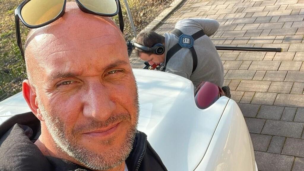 Újabb büntetőfékezős videót vizsgál a rendőrség, amin egy Berki Krisztiánhoz hasonló férfi az elkövető