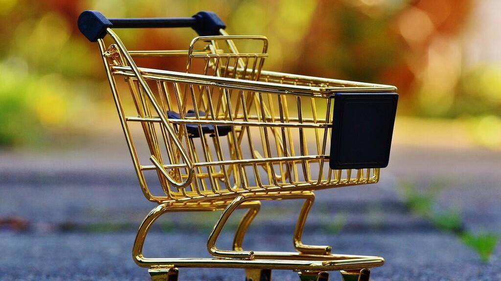 Többféle bolt nyitva tartását kéri a szövetség