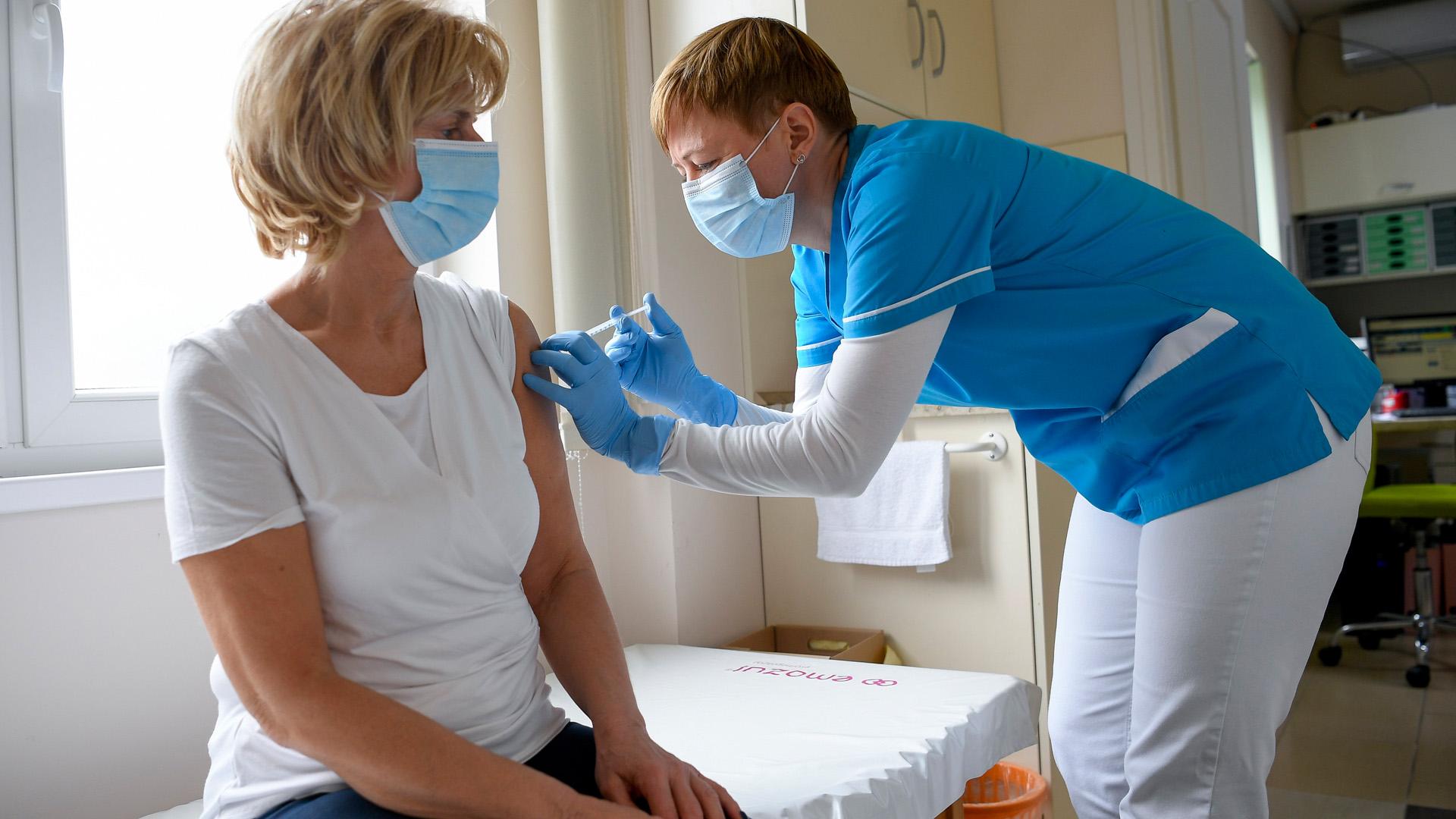 Tudnivalók a koronavírus elleni oltás utánra