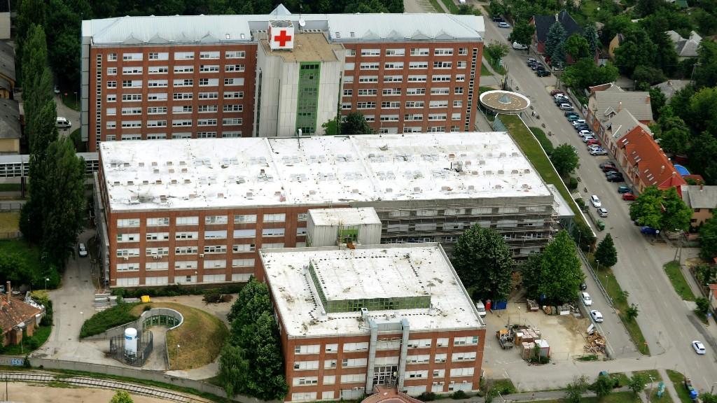 A Fejér Megyei Szent György Egyetemi Oktató Kórház épülete (fotó: MTI Fotó: H. Szabó Sándor)