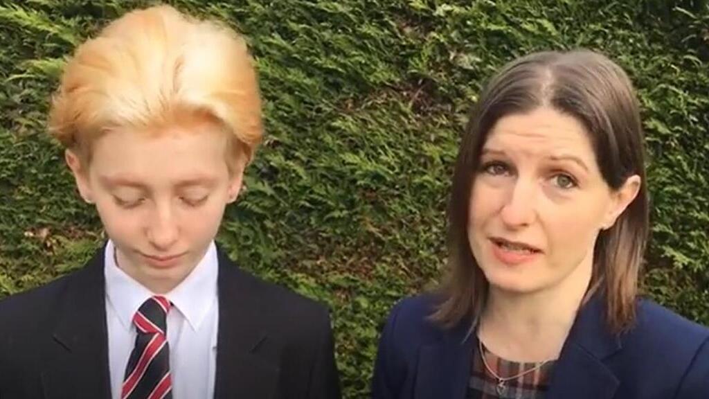 Jacob Lee Stokes és Gemma beszélnek a diszkriminációról (Fotó: Grimsby live)