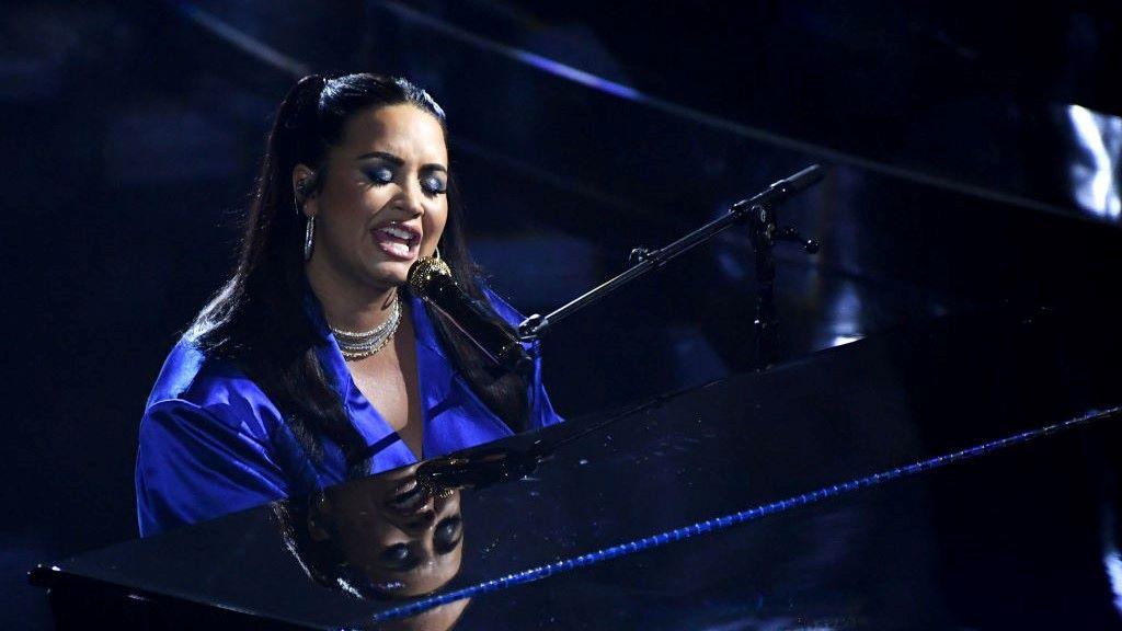 Demi Lovato, szexuális erőszak
