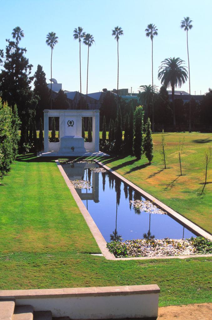 Douglas Fairbanks síremléke