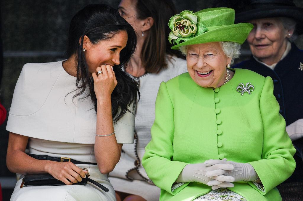 II. Erzsébet és Meghan Markle
