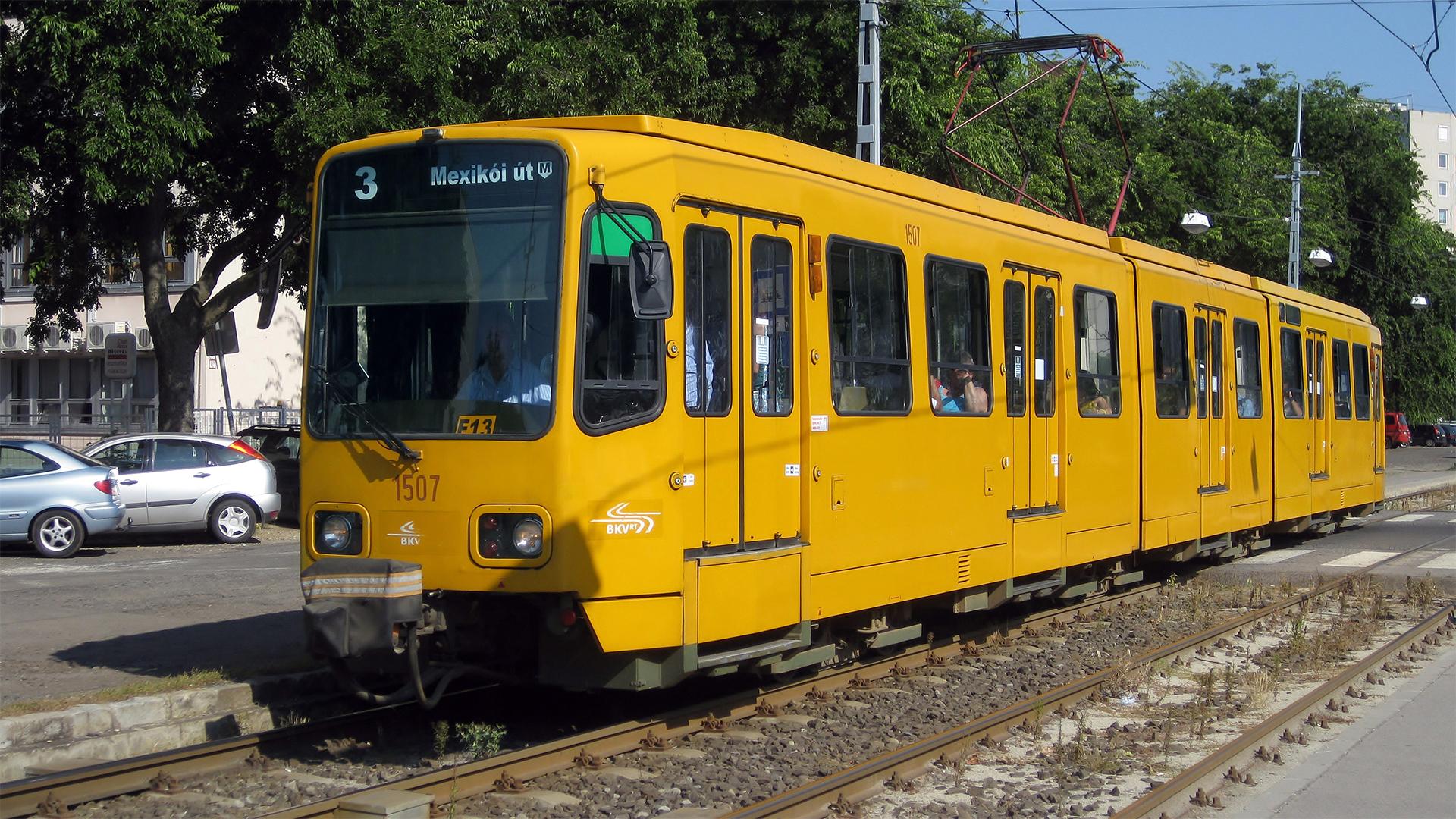 Elkordonozzák a hannoveri villamosok vezetőit