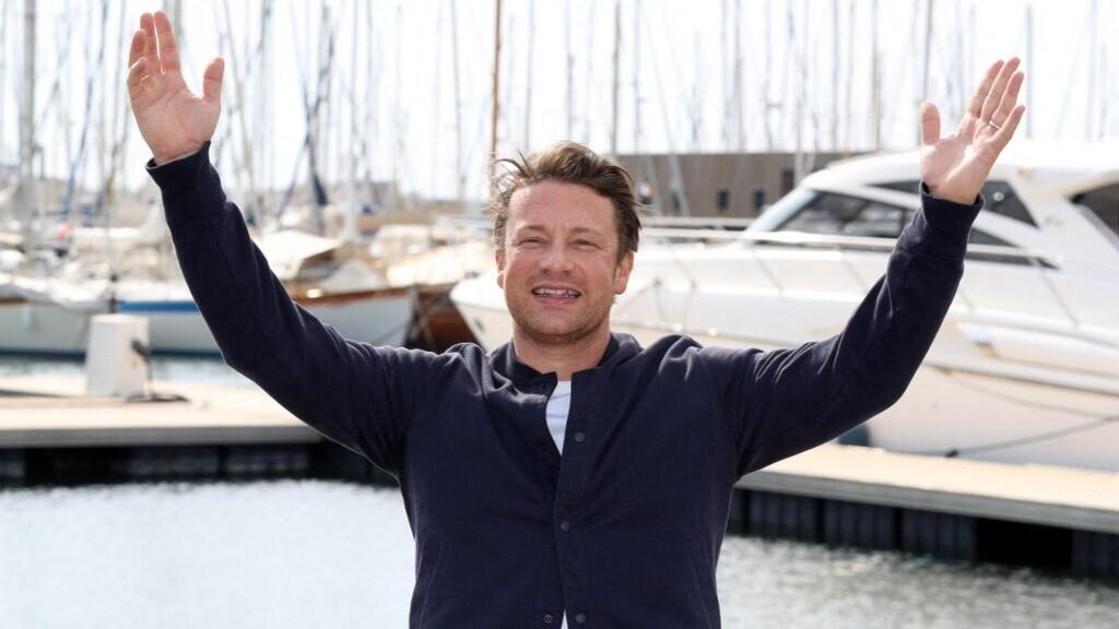 Olyat tett a pizzával Jamie Oliver, amin teljesen kiborultak a rajongók