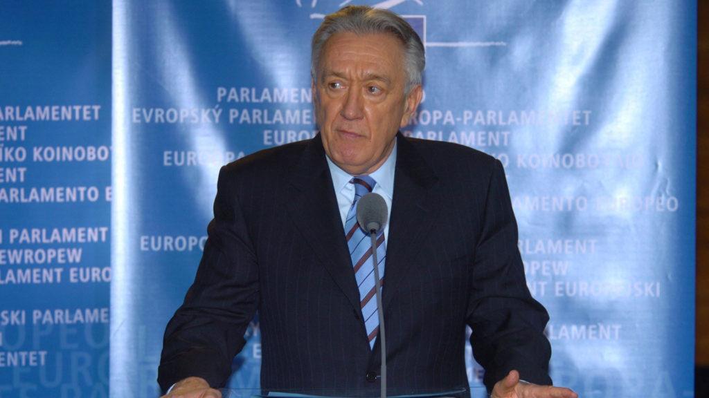 Nyugdíjasotthonban él Kovács László