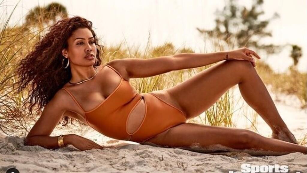 Leyna Bloom a Sports Illustrated első színesbőrű, transznemű bikini modellje