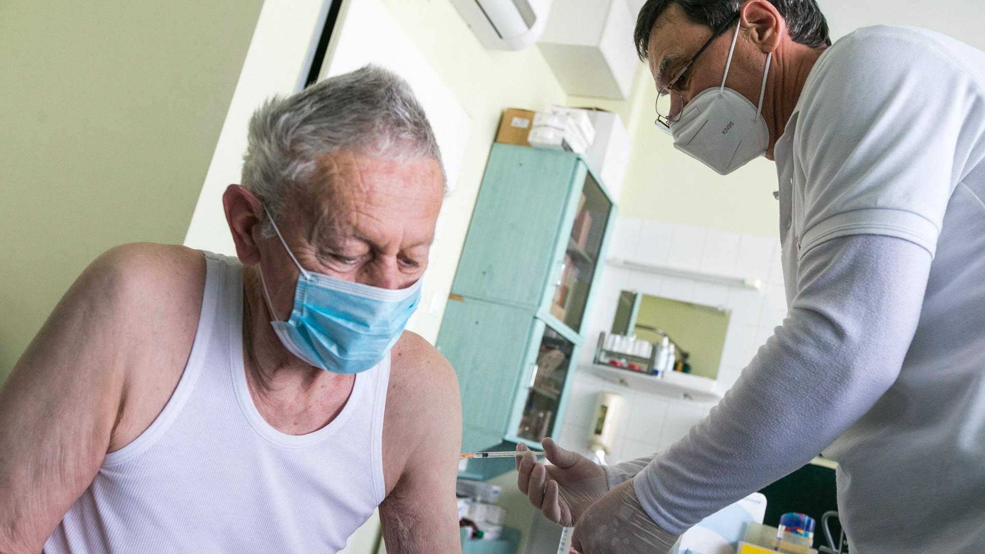 Koronavírus-vakcina a háziorvosnál