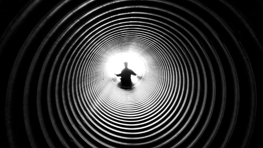 klinikai halál, alagút