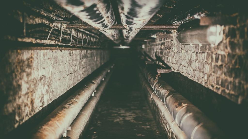 Atombunkert talált a házában a szekrény mögött