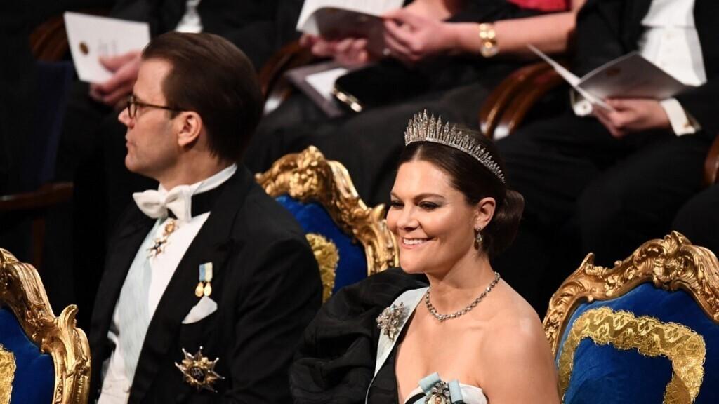 Koronavírusos lett Viktória svéd koronahercegnő és férje
