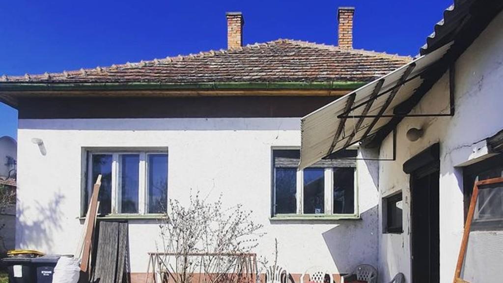 Egy tipikus kockaház Magyarországon (fotó: Instagram)