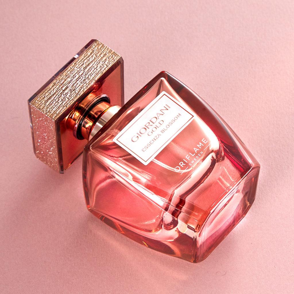 Parfümteszt: Oriflame Giordani Gold Essenza Blossom