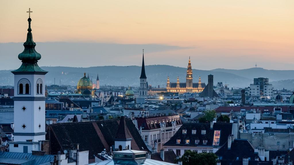 Ausztria az élet újraindítására készül májusban.