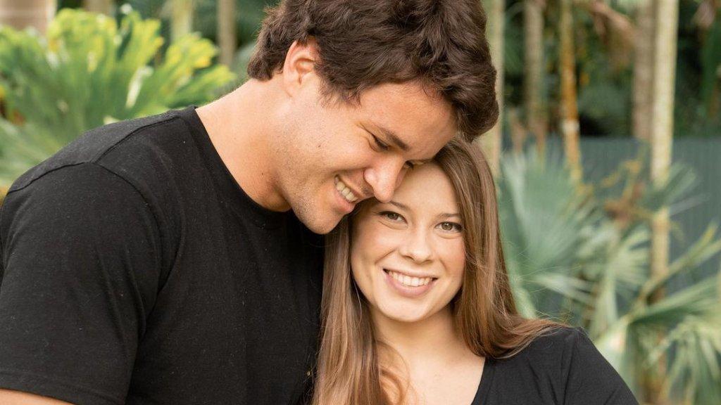 Bindi Irwin és férje