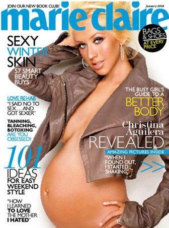 Christina Aguilera a Marie Claire magazin címlapján mutatta meg a terhes pocakját