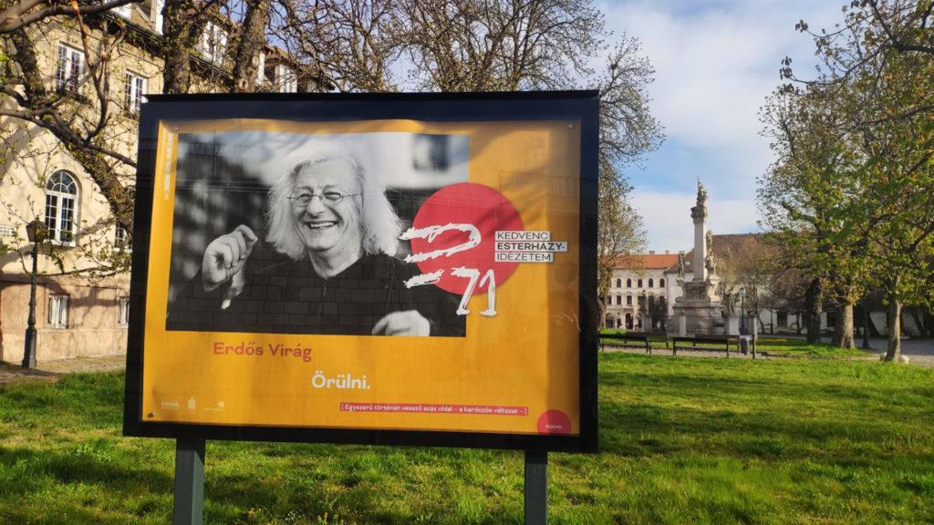 Különleges plakátokkal köszönti Esterházy Pétert a harmadik kerület