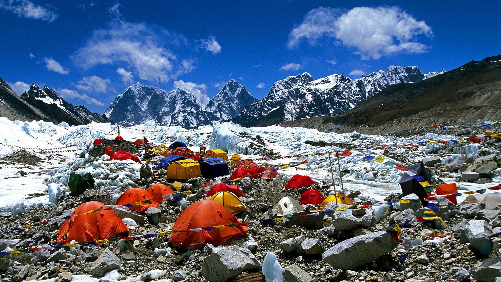 Elérte a Mount Everest lejtőit a koronavírus