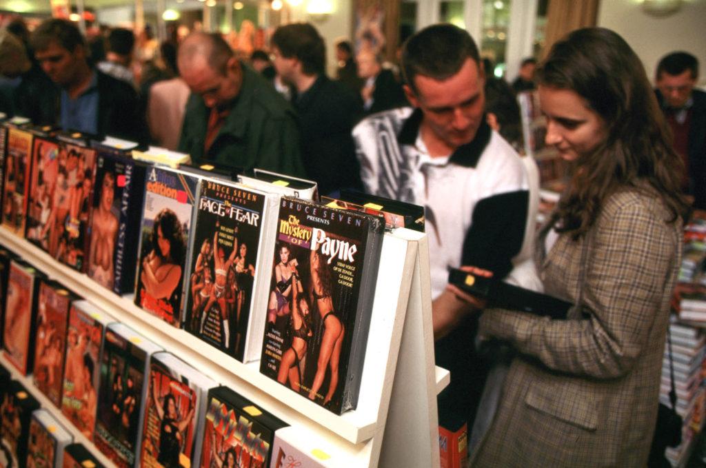 A pornó elárasztotta a videó piacot