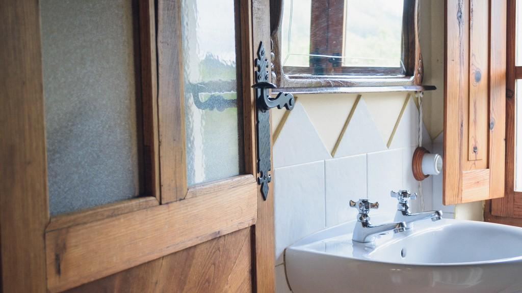 Rusztikus fürdőszoba olcsón