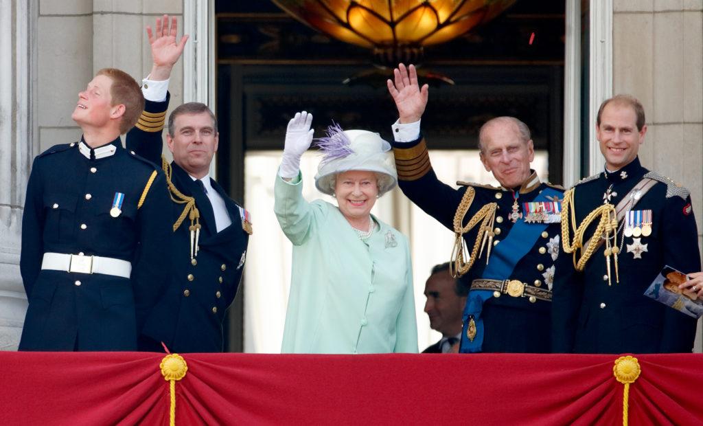 II. Erzsébet és Fülöp herceg élete képekben
