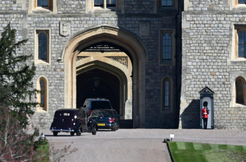 Gyászolók érkeznek Fülöp herceg temetésére
