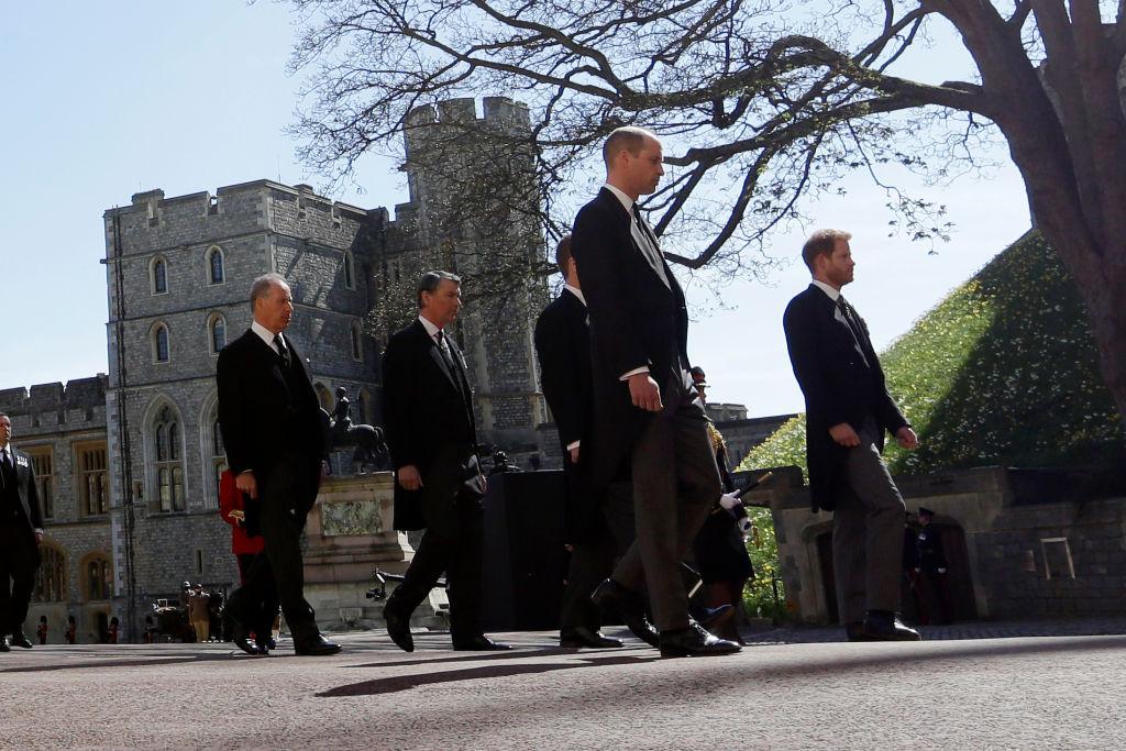 Fülöp herceg gyermekei a temetésen