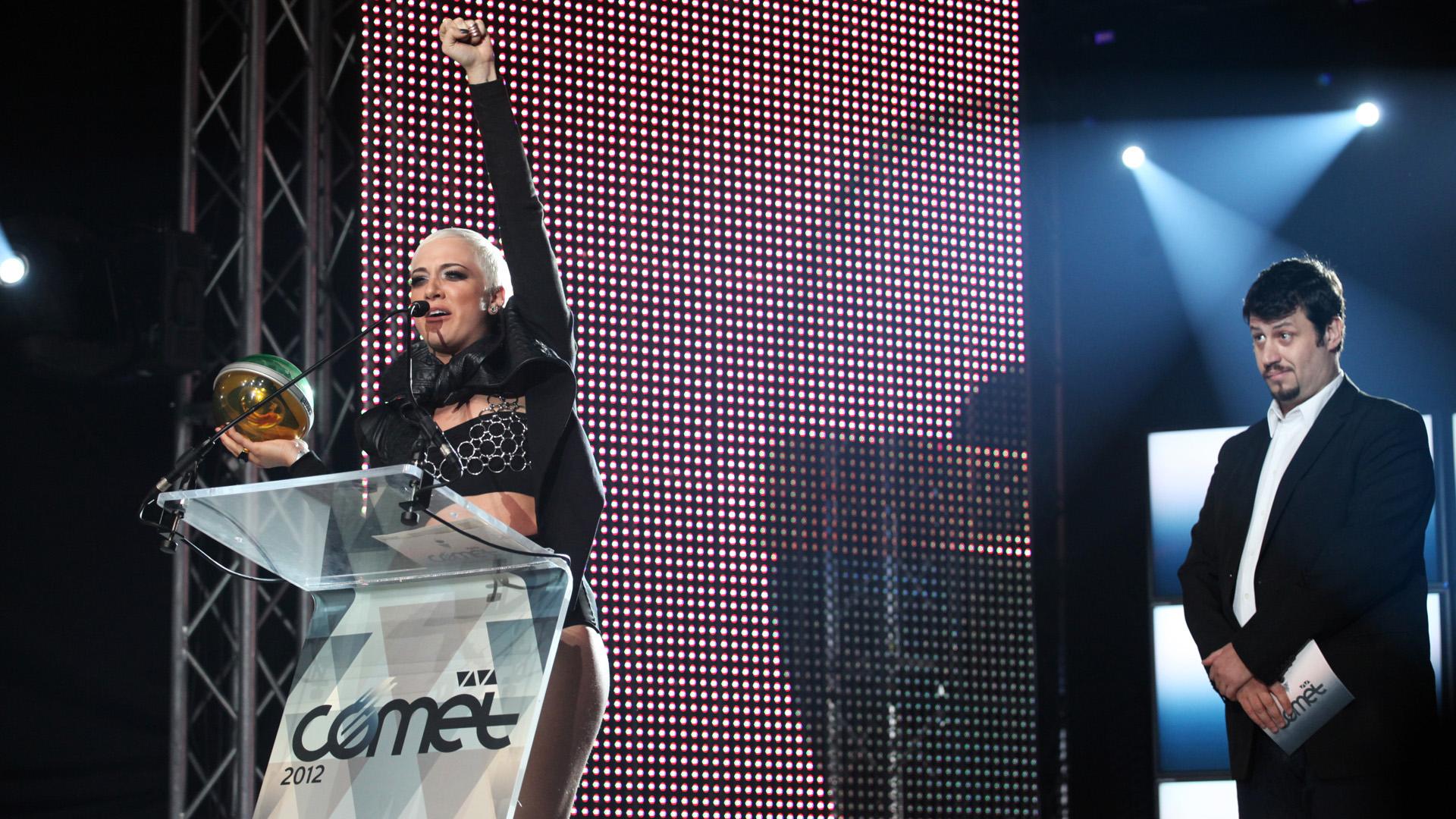 Puzsér fűtött be a Viva Comet közönségének 2012-ben
