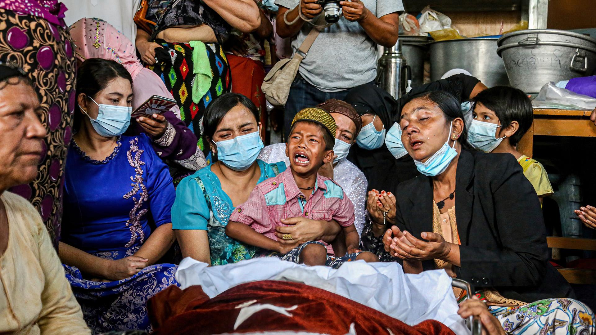 A véres konfliktusoktól terhes országban több száz civil halt meg, köztük gyerekek