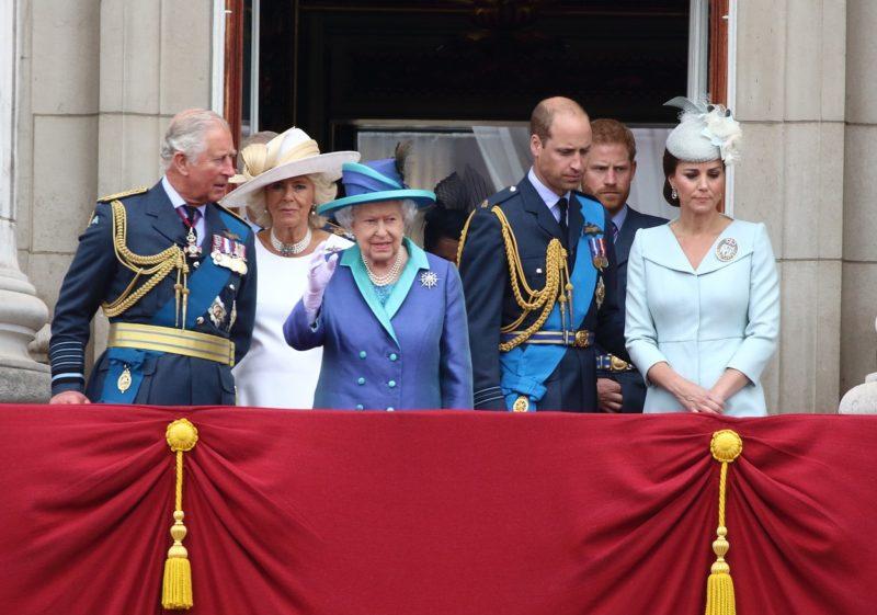 II. Erzsébet családja körében