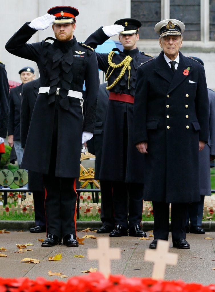 Fülöp herceg és Harry herceg 2015-ben az Emlékezés napján