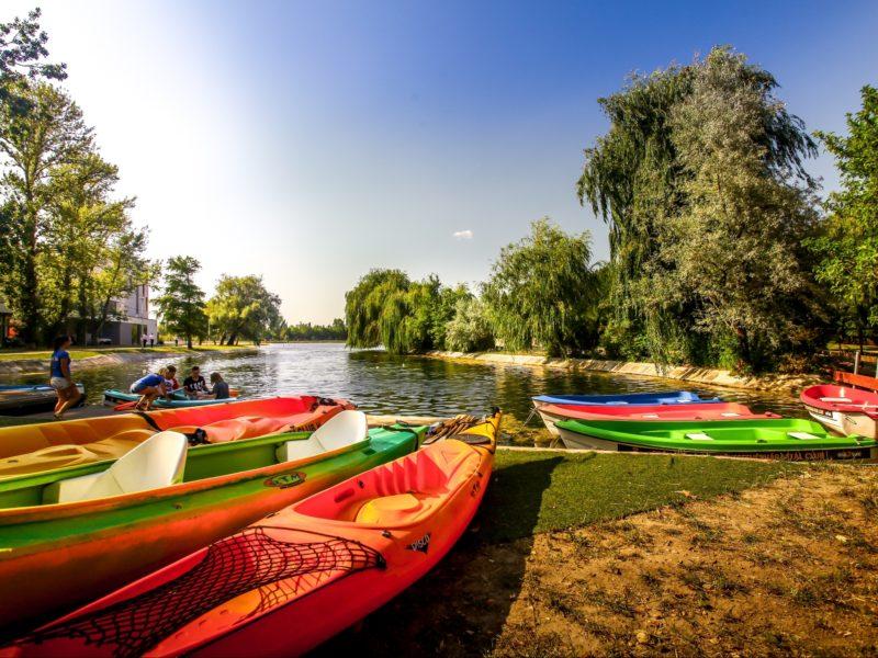 Csónakázó tó Székesfehérváron