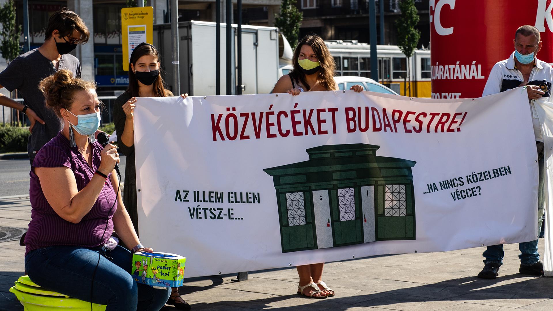 Egy figyelemfelkeltő akció miatt letöltendő börtönbüntetést kaphatnak az AVM aktivistái