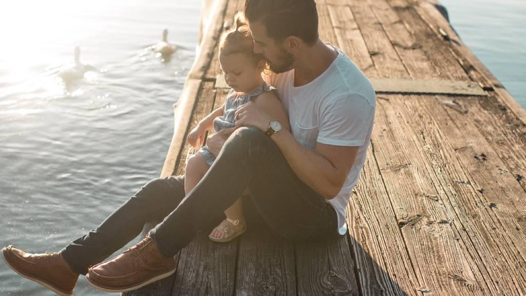 kislány apukával