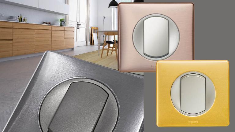Egy trendi, szálcsiszolt fém kapcsoló modern hangulatot kölcsönöz az otthonunknak (Fotó: Legrand)