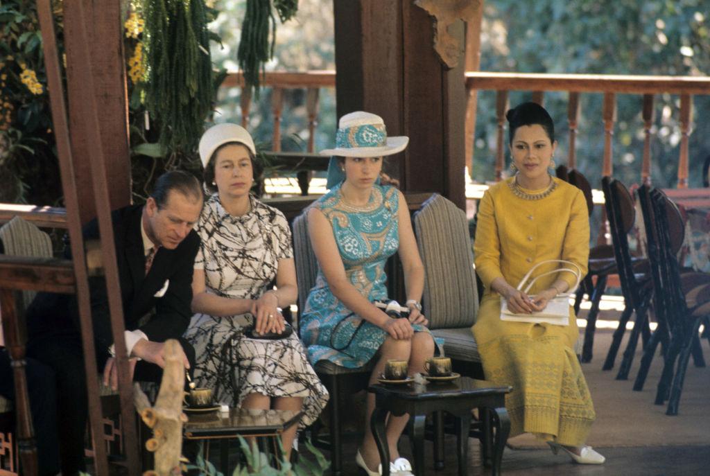 Anna hercegnő, Erzsébet királynő és Fülöp herceg