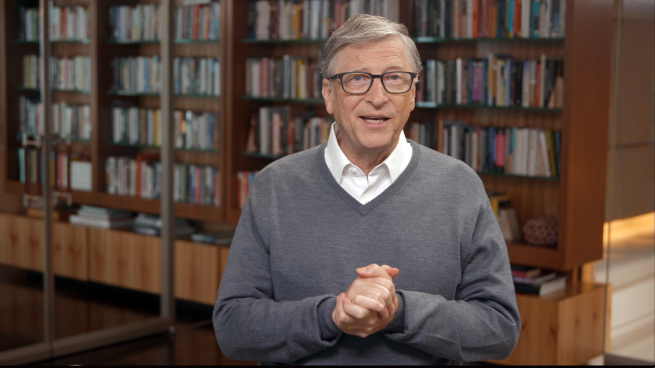 Bill Gates beszédet mond (fotó: Getty Images/Getty Images for All In WA)