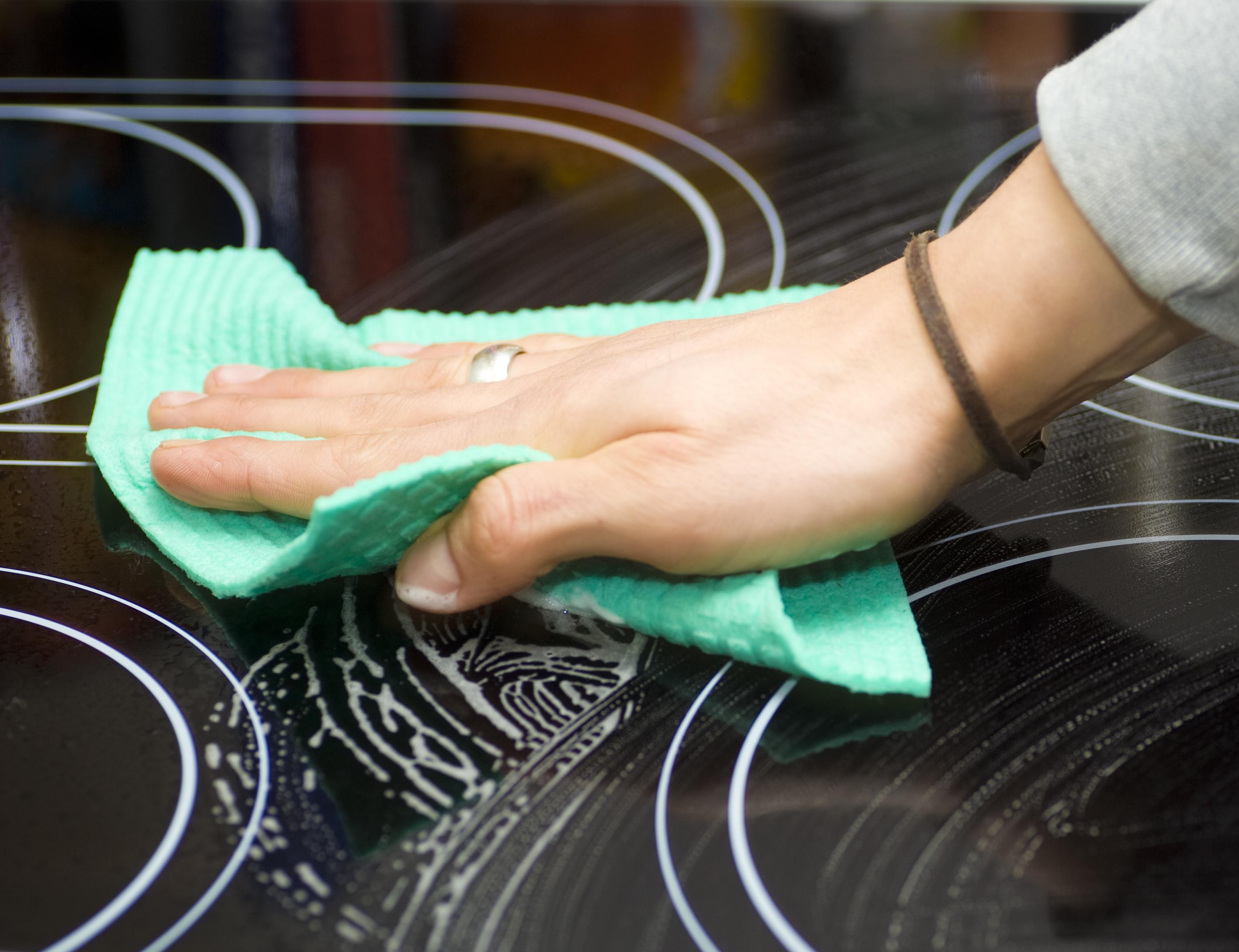 Indukciós főzőlap takarítása
