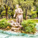 Szökőkút a Villa Borghese parkjában Rómában