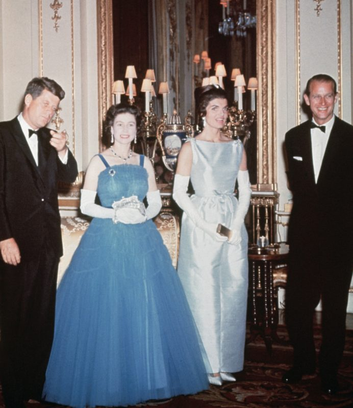 II. Erzsébet, Fülöp herceg, John F. Kennedy és Jackie Kennedy