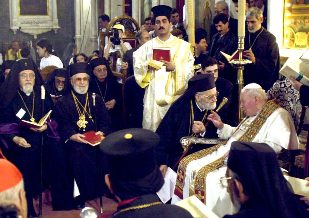 II. János Pál volt az első pápa, aki betette a lábát egy mecsetbe