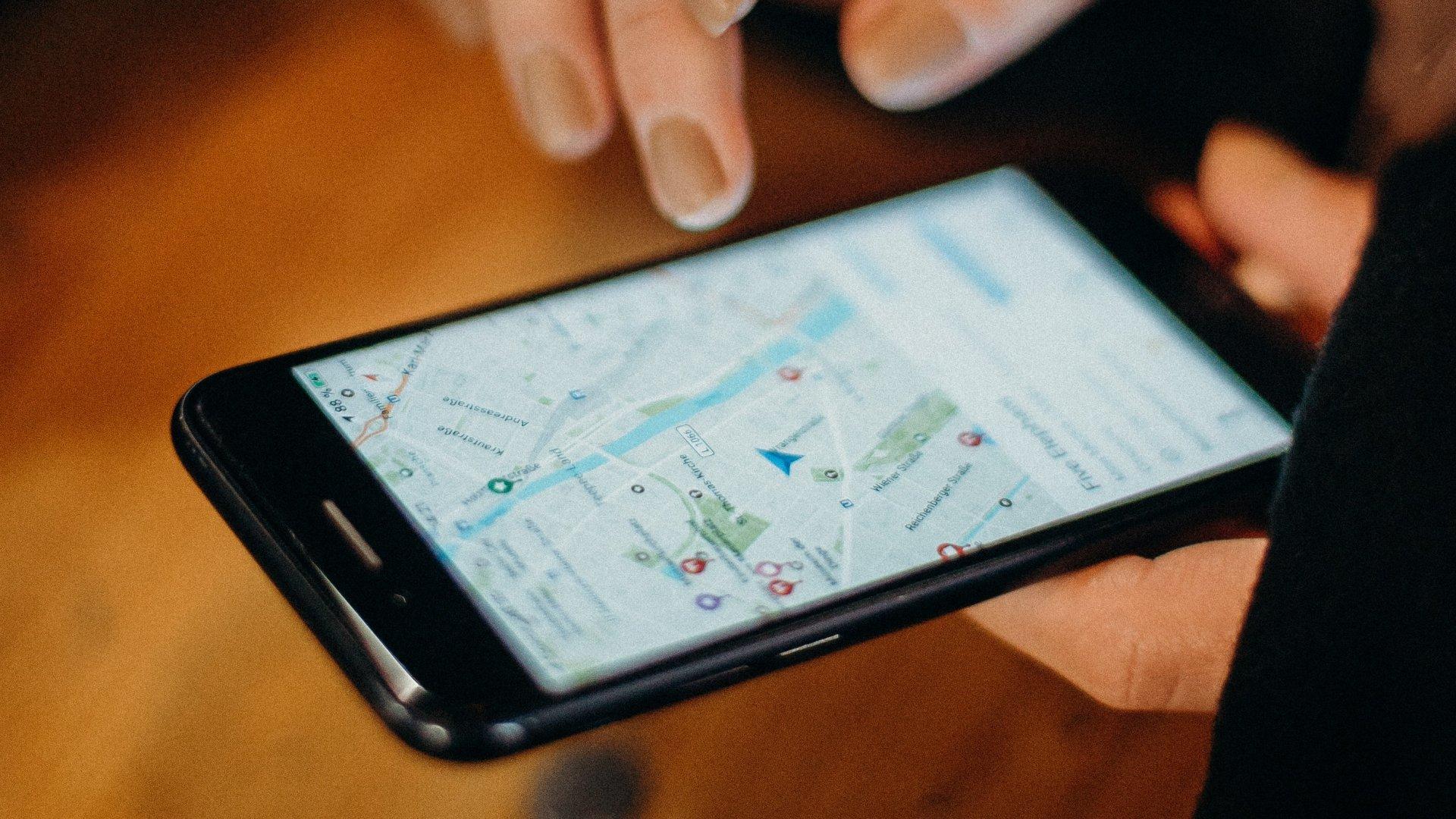 Goggle Térkép egy telefonon