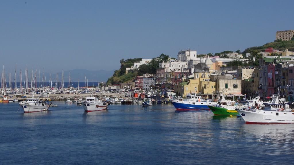 Procida, az olasz sziget, ahol mindenk felnőttet beoltottak (fotó: Pixabay)