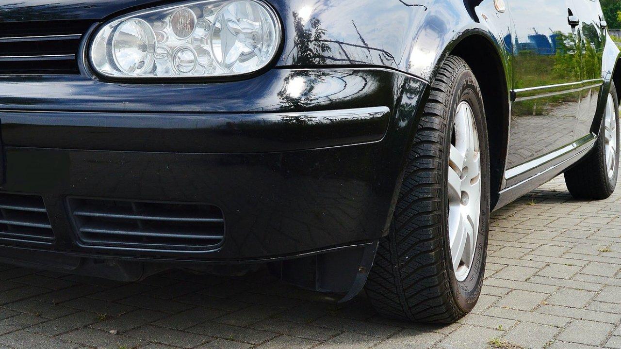 Volkswagen Golf autó
