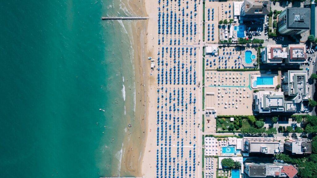 Nyaralás 2021: Ezeket az észak-olasz strandokat a gyerekek is imádni fogják