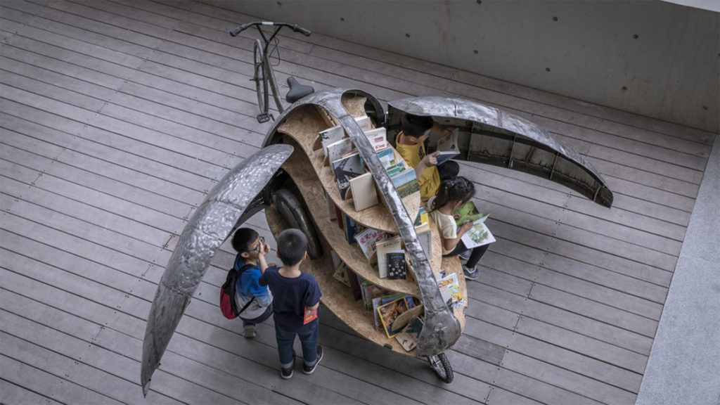 Szuper bringás könyvtárért őrülnek meg a gyerekek
