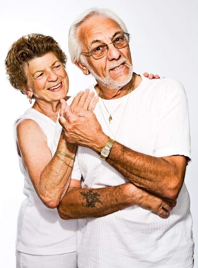szerelmes idős pár